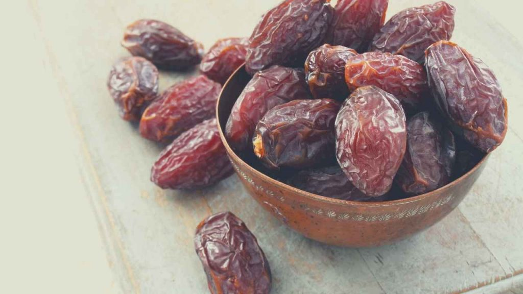 Picture of dates that start with D